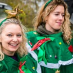 Festive elves, pretty elves